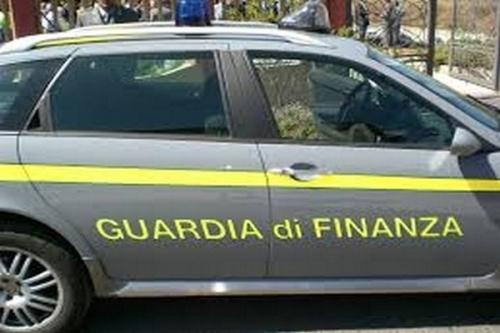 Arrestati vertici società gestione aeroporto Lamezia Terme