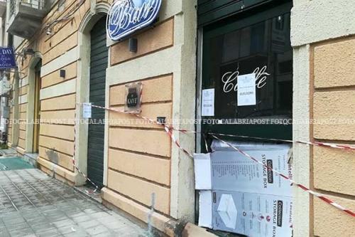 Reggio Calabria, in fiamme il New Lady Coffee: domani riunione in ...